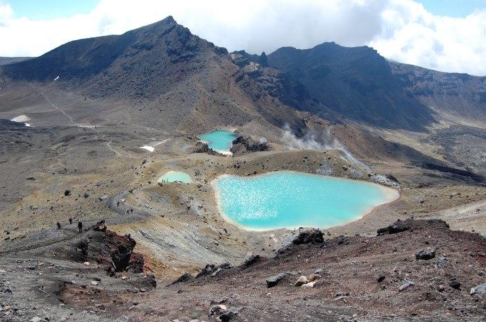 Emerald Lakes, Tongaririo Alpine Crossing