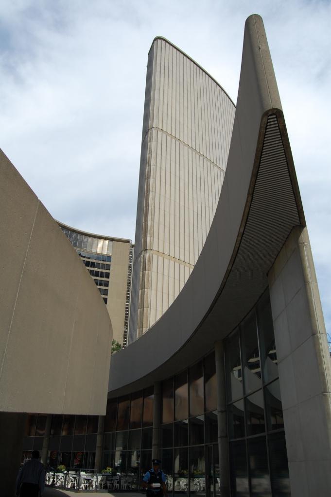 DSC_0090 Toronto City Hall