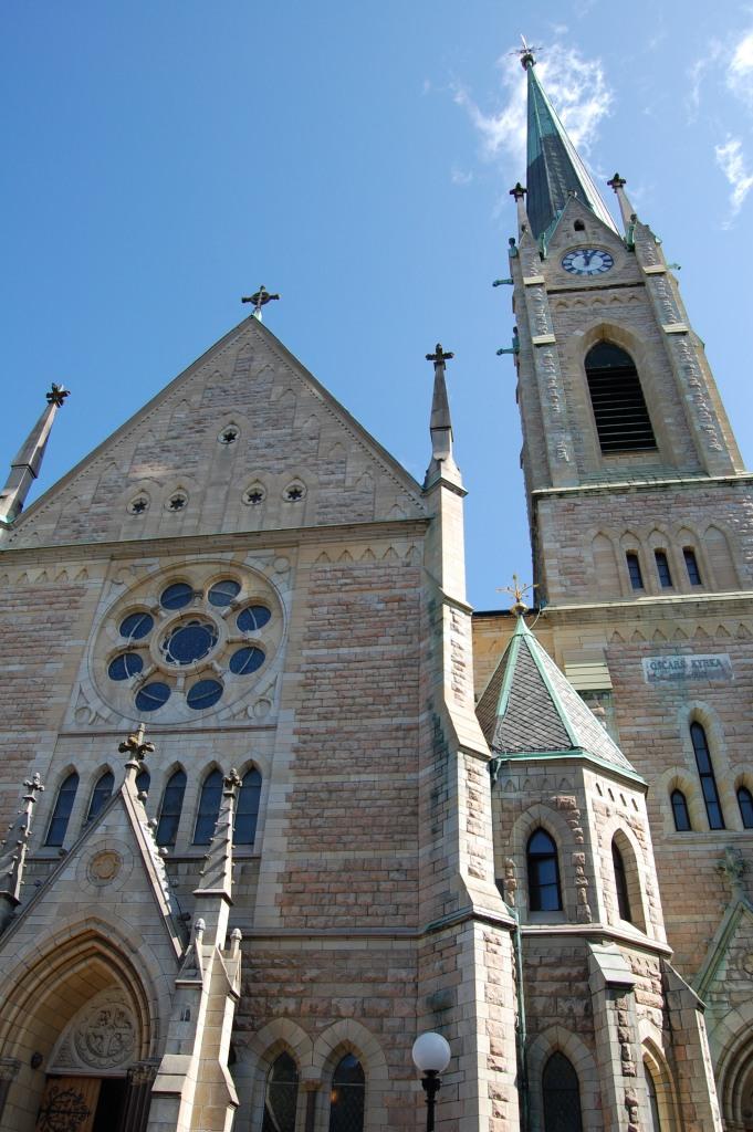 DSC_0174 Church on Narvavagen Street